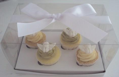 Cupcakes lembranca de Batizado