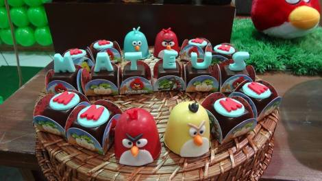 Doces decorados Angry Birds
