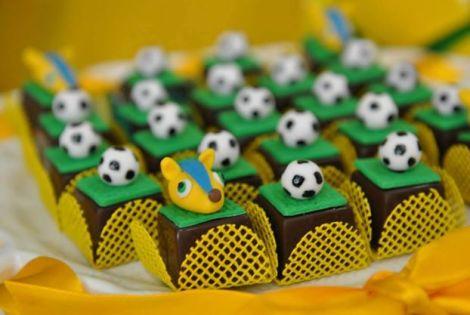 Doces decorados futebol